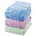 日本有数のタオル産地、今治産の上質なタオルケットで…