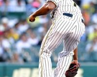 【阪神】先発・ガルシア、岡本の打球が右足に直撃。スタンドどよめく