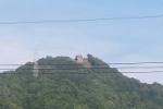 交野山のてっぺんにある巨岩『観音岩』がなんかスッキリしてる!