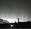 厳冬の夜に「光の柱」出現 キリストの墓、フリーメーソンのある青森県で