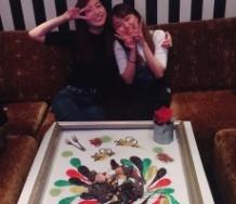 『植村あかりが室田瑞希のために用意した誕生日祝いのセッティングがすごい』の画像
