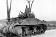 ぶっちゃけシャーマン戦車よりティーガーの方がカッコいいよね?