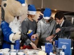 【画像】内田も参加!シャルケメンバーがクリスマスパーティーで粉まみれ!楽しそうwwww