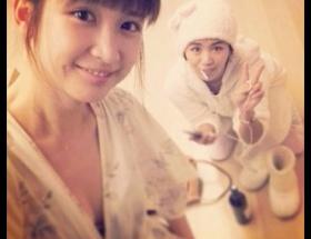 紗栄子のセクシーすっぴんパジャマ画像