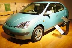 プリウス発売から20年… トヨタのハイブリッド車、累計1000万台突破