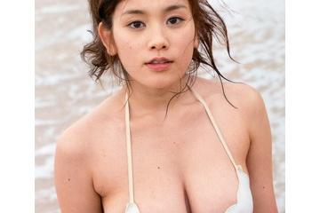 筧美和子の透けすぎているスケベな乳首
