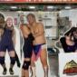 #WrestlePeterPan に向けた顔出しパネルも仲間...