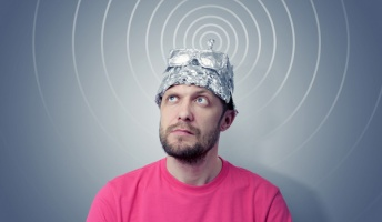 脳の信号を読み取り「耳で聞いて理解可能な会話音声」に変換するシステムが誕生