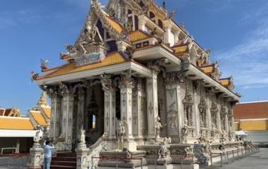 『ワット・パリワート(ベッカム寺院)へ行きました』の画像