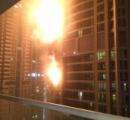 79階建てマンションで火災。数千人が避難