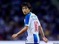 【悲報】サッカー日本代表「10番」中島翔哉さん、チームの優勝セレモニーに呼ばれない…