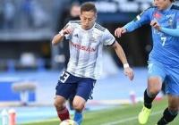 【サッカー】首位横浜・仲川輝人、得点ランク首位タイの15点目も「もう1点取れたシーンもあった」32試合15得点9アシスト 161cm/57kg