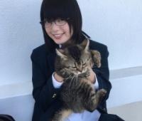【欅坂46】てちがネコと2ショット、キャロい〜!!