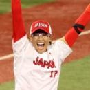 【東京五輪】ソフトボール日本代表、アメリカを破り金メダル!!北京2008大会以来13年ぶりの連覇達成!
