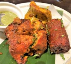 インド料理「ハリマケバブビリヤニ」(上野)でタンドール3種+カレー2種の「ロイヤルセット」
