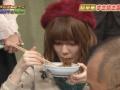 【悲報】ぱるるの箸の持ち方がおかしいと話題に(画像あり)