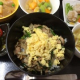 『昨日の桜町昼食(豚ニラ炒め丼)』の画像