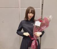 【欅坂46】衣装ってメンバーによって襟が違うんだね