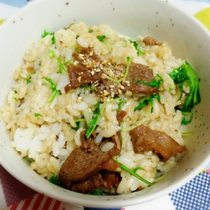 水菜と牛肉の混ぜご飯