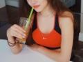 【悲報】メドベージェワ、日本のゼリードリンクを飲んでるところをツイートして大炎上