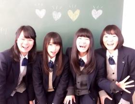 桜井日奈子ちゃんが同級生と写真撮った結果wwwwwwwwwwwwwww