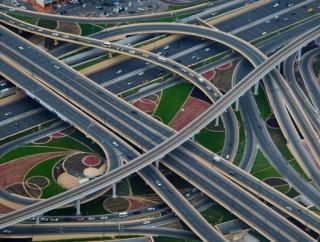 アメリカに高速道路だけ通っていくことって可能?