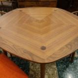 『松創・MEETEEの五角形テーブル・Nadiaに日進木工・COTYチェア・CUC-530をセット』の画像