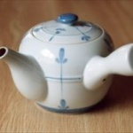 ペットボトル普及で緑茶の「急須離れ」が進む…