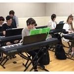 作曲家になりたいんだが音楽系の専門に行くべきだと思う?