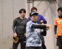 阪神・伊藤隼「刺激もらってる」独立L選手と自主トレ「僕は甘やかさないので。」