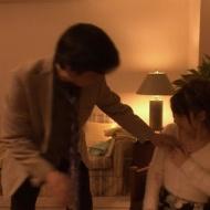 柏木由紀が、オッサンにスカートの中に手を入れられレイプ寸前wエロ過ぎだろww【画像・GIF・動画あり】 アイドルファンマスター
