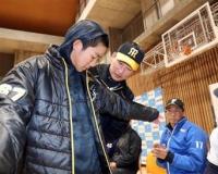 【悲報】阪神・岩崎、ショック…故郷・静岡で野球教室&トークショー参加するも「誰?」