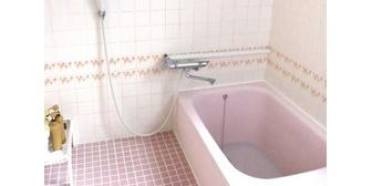 【記憶の改ざん】ヒス嫁が俺に「風呂の入りかたが汚ない。家事が増える」←掃除は、毎夜、俺がしているのだが…