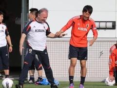 ザック、激怒!本田も香川も緊張感足りない…W杯アジア最終予選