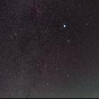 『おおいぬ座を中心とした冬の星座とラブジョイ彗星』の画像