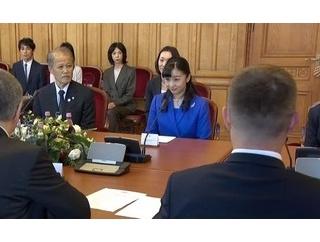 佳子さま 国会議事堂訪問、在留邦人と懇談、パンノンハルマ大修道院見学