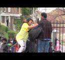 【動画】「デモ隊に息子が…」母親が取った行動に全米称賛!