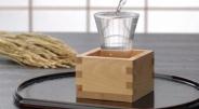 外国人「日本のバーで『Sake』をくれって言っても通じない…」