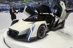 その名は「デンドロビウム」 1000馬力の電動スーパーカーの華麗な姿