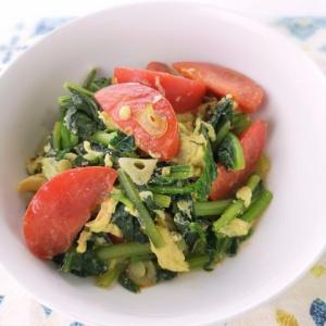 シンプルな味付けで♪トマトとほうれん草の玉子炒め