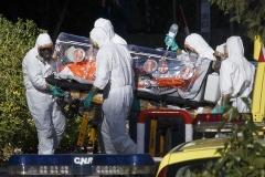 朝日新聞 「虚偽申告や密航に繋がるから過剰なエボラ隔離検査はしなくていいんじゃね?」