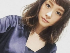 桐谷美玲がロングの髪バッサリ、ガッキーによせてくる
