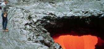 【自宅庭で「溶岩チューブ」に落ち死亡】米ハワイ州の男性