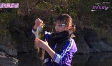 【乃木坂46】与田祐希、野生児だなあwww 魚を普通に持てるの笑うわwww