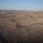 【動画】中国、新疆ウイグル自治区で10億トン級「世界最大規模の油田」を発見! [海外]