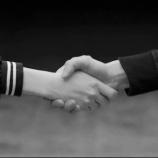 『【乃木坂46】乃木坂の握手時間は48グループより明らかに短い・・・』の画像