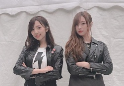 【最高】新内眞衣&梅澤美波、美脚すぎるだろwwwww