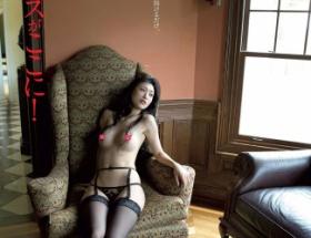 【画像】壇蜜 (35歳)の最新ムチムチエロエロ写真集