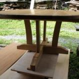 『テーブル椅子塗装・ルリボシカミキリ』の画像