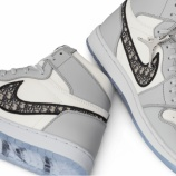 『「Air Jordan 1 OG Dior」スニーカー:専用ミニサイトをオープン』の画像